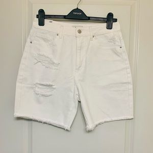 Forever 21 mom high rise relaxed  jeans shorts